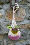 Suspension florale avec intérieur imperméabilisé; feutrée main; 32€