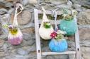 Suspensions florales avec intérieur imperméabilisé; feutrée main; 32€