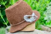 Chapeau feutré main 60€; 100% alpaga