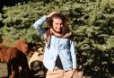 KITZBÜHEL: Châle asymétrique marron et beige tricoté main; 59€ 100% alpaga