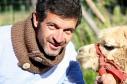 CHAMONIX: Tour de cou double épaisseur pour les frileux tricoté main, boutons réalisés à la main en bois de bouleau. Couleur marron glacé; H:15 Prix:42€ 100% alpaga